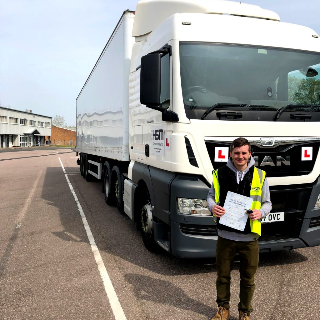 C+E Articulated HGV Lorry Driving school - HSM Driver Training