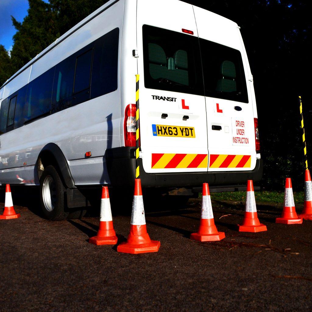 D1 Minibus Trailing HSM Driver Training Ltd