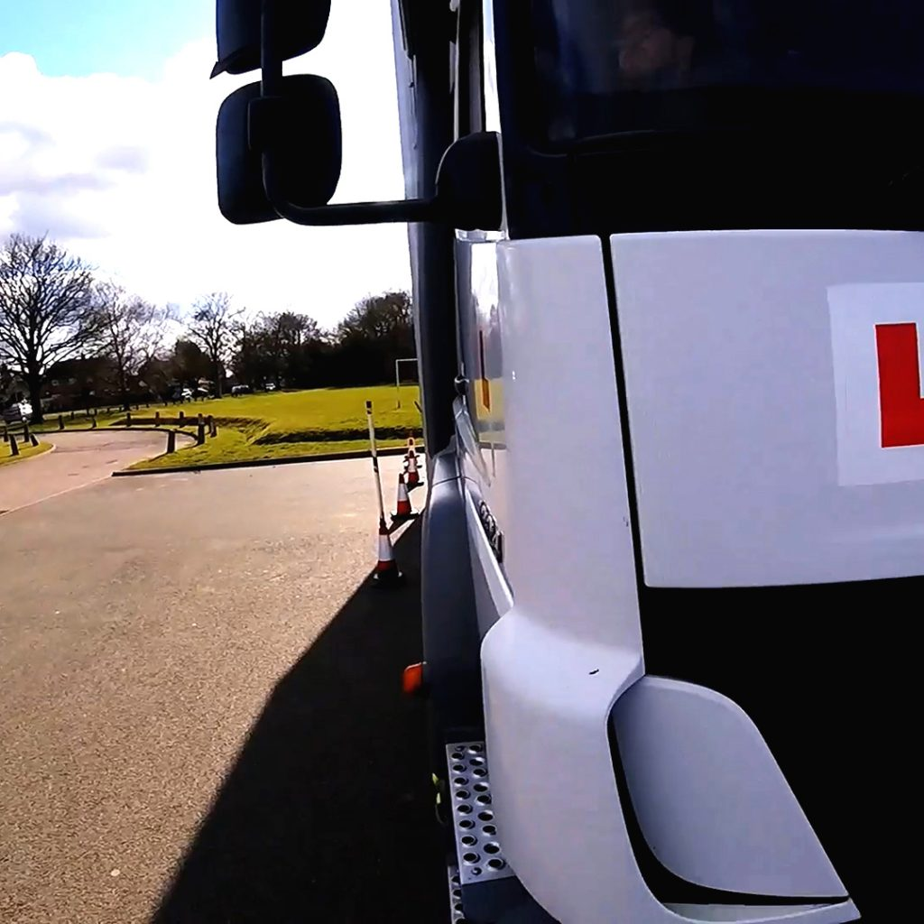 HGV cat C Driving school Hertfordshire watford hsm driver training ltd
