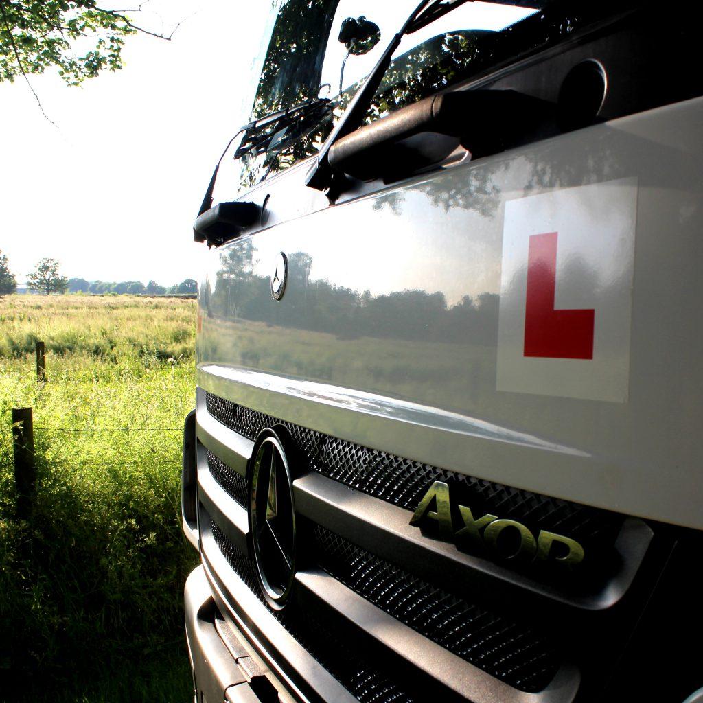 HSM class 2 HGV driving school hemal hemsted hertfordshire - HSM driving school