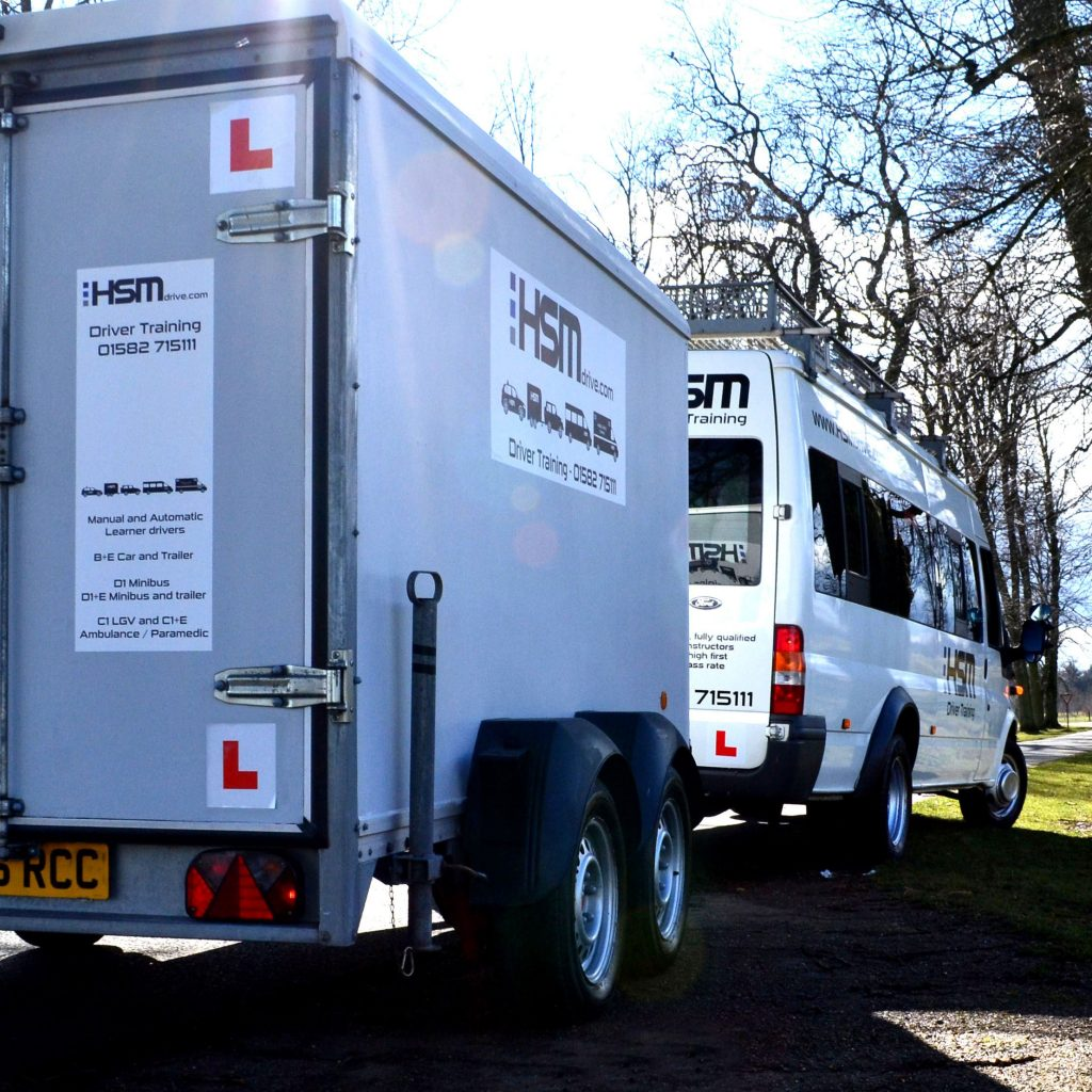 HSM driver training D1+E minibus and trailer training center school hertfordshire assesment